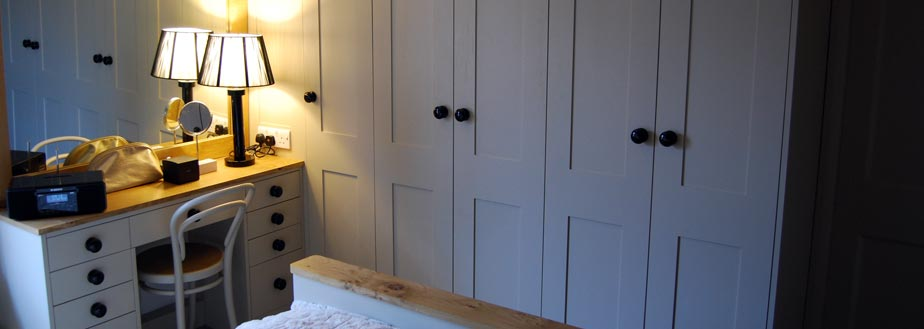 Bespoke handmade furniture from Grahame R Bolton. Handmade in Bungay, Suffolk.