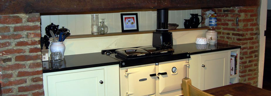 A handmade kitchen from Grahame R Bolton of Bungay, Suffolk
