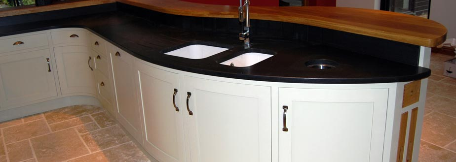 A bespoke handmade kitchen from Grahame R Bolton of Bungay, Suffolk