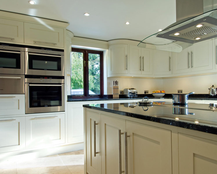Bespoke handmade kitchens from Grahame R Bolton. Handmade in Bungay ...